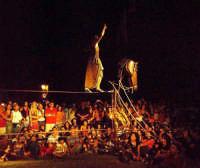 Buccheri, Medfest 2006. La magnifica esibizione della Compagnia spagnola  CIRC PANIC, 4.  - Buccheri (1673 clic)