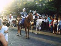 Buccheri, Medfest 2006. Corteo. Passano i cavalieri.  - Buccheri (1857 clic)