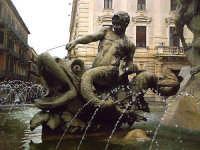 Fontana di Piazza Archimede, Siracusa.  - Siracusa (1937 clic)