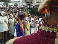 Buccheri, Medfest 2006. Corteo. Giocoliera.  - Buccheri (1915 clic)