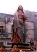 Maria cerca Gesù Risorto (Pasqua).  - Buccheri (4357 clic)