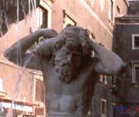 Fontana dell'Amenano in Piazza Duomo, particolare.  - Catania (2278 clic)