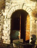 antico ingresso  - Buccheri (1443 clic)