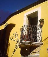 Balcone barocco nel centro storico.  - Buccheri (1503 clic)