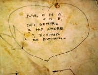 Graffito di juventino D.O.C. sul muretto di Punta Secca.  - Punta secca (5733 clic)