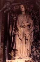 Statua di S.Maria Madd/na di A.Gagini (1512) all'interno dell'omonima chiesa.  - Buccheri (2114 clic)