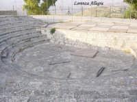 anfiteatro all'interno del castello u cannuni  - Mazzarino (3592 clic)