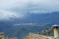 Castelbuono il primo giorno di primavera 2007. Visto da San Mauro.  - Castelbuono (3180 clic)