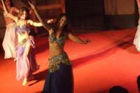 Spettacolo. Danza senza confine. La magia dell'oriente e le calde notti d'estate siciliane. 01/09/07   - San mauro castelverde (1236 clic)