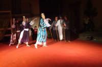 Spettacolo. Danza senza confine. La magia dell'oriente e le calde notti d'estate siciliane. 01/09/07   - San mauro castelverde (1144 clic)
