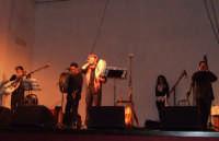 Versu la notti di Natali - Spettacolo natalizio con novene e canti della tradizione musicale siciliana, realizzato da Mario Incudine, Massimo Laguardia e Stefania Sperandeo. 23 dicembre 07- Teatro Comunale  - San mauro castelverde (1221 clic)