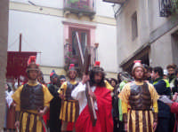 'A Visaria Rappresentazione della via Crucis per le vie del paese da parte dell'associazione culturale l'Eremo di San Mauro Castelverde. Venerdì 14 aprile 2006   - San mauro castelverde (2728 clic)