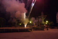 Giochi d'artificio musicali in onore dei festeggiamenti di San Mauro Abate. Piano San Mauro 2 luglio 2007  - San mauro castelverde (1721 clic)