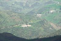 Borgata di Botindari vista dal Castello di Geraci  - San mauro castelverde (1159 clic)