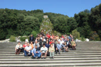 Gruppo di anziani di San Mauro in visita a Caserta. Viaggio organizzato dal comune dal 10 al 17 ottobre 2007.  - San mauro castelverde (998 clic)