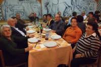 Gruppo di anziani di San Mauro in visita a Roma- pausa pranzo. Viaggio organizzato dal comune dal 10 al 17 ottobre 2007.  - San mauro castelverde (1132 clic)
