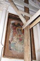 Salvalarte Madonie - Recupero e valorizzazione delle cappelle votive. 25 aprile 2008. Interno della chiesa dell'Annunziata.   - San mauro castelverde (959 clic)