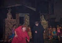 QUASIMODO E FROLLO. Musical Notre Dame de Paris realizzato da un gruppo di ragazzi di San Mauro. Piazza Municipio 26 agosto 2006.  - San mauro castelverde (3183 clic)