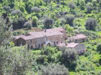 Case di Giannì, masseria di fine ottocento di San Mauro Castelverde  - San mauro castelverde (3253 clic)
