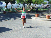 Il maratoneta maurino Mimmo Caraccioli ha percorso  in 2 ore e 7  minuti i 22 Km che separano il centro del paesino madonita, a 1100 m. s.l.m., dal mare. Ha ripercorso simbolicamente la strada che fece Pietro Verde quando fondò il paese.  - San mauro castelverde (2727 clic)