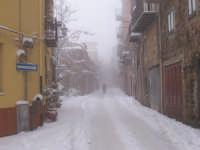 Il corso innevato. Gennaio 2006. Foto Giovanni Sarlo  - San mauro castelverde (3180 clic)