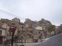 Il paese costruito sulle pietre.  - Sperlinga (3368 clic)