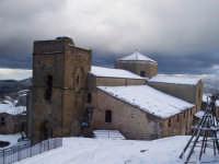 Chiesa di San Giorgio sotto la neve. FOTO DI GIOVANNI SARLO  - San mauro castelverde (7842 clic)