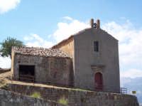 Porto Salvo. Cappella votiva. La piccola chiesa si trova ai piedi del paese.  - San mauro castelverde (3084 clic)