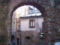 L'arcu du dutturietru. Foto inserita nel settembre 2005.  - San mauro castelverde (5926 clic)