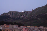 Spunta la luna dal monte...  - Gratteri (2610 clic)