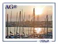 Vista dal porto al tramonto  - Catania (2322 clic)