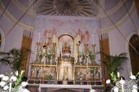 SAN.Michele mentre esce dalla cappella x essere  deposto sull'altare maggiore 8 Maggio 2006 Acireale  - Acireale (1882 clic)