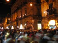 20 Gennaio 2006 san Sebastiano :corso Unberto inizia l^uscita di via Roma  - Acireale (1536 clic)