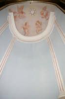PARTICOLARI DELLA CAPPELLA  DI SAN MICHELE ARCANGELO .8 MAGGIO 2006 ACIREALE  - Acireale (3787 clic)