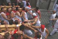 10 AGOSTO 2006 PORTATORI DEL FERCOLO DI  SAN SEBASTIANO  X  LE VIE DELLA CITTA'  - Palazzolo acreide (1391 clic)