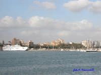 Panoramica Lungomare Giuseppe mazzini con il porticiuolo turistico e il traghetto per Pantelleria  - Mazara del vallo (3271 clic)