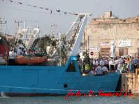 Festegiamenti in onore di San Vito (Imbarco) Domenica 21/08/2005  - Mazara del vallo (6368 clic)