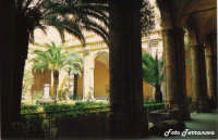 Criostro del Convento di S.Francesco (attuale sede del Municipio della città di Naro)(Foto concessa da Lillo Terranova)  - Naro (3709 clic)
