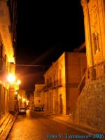 Naro di notte - Via Dante  - Naro (4551 clic)