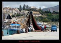 Marinai a lavoro nel porto di Sciacca  - Sciacca (5105 clic)
