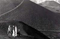 Cratere Silvestre. Turisti veneti  - Etna (2516 clic)