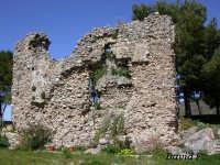 Una parte del Rudere del Famoso Castello di Novara di Sicilia  - Novara di sicilia (8070 clic)