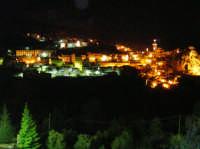 Novara Di Notte,foto scattata da casa mia.  - Novara di sicilia (5765 clic)