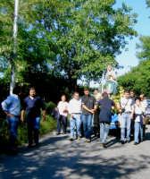 Processione dell'immacolata da San Marco a San Basilio maggio 2005.  - Novara di sicilia (6604 clic)