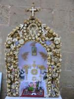 festa di San Giuseppe, altare in miniatura per la strada  - Salemi (3976 clic)