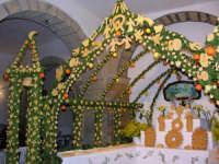 festa di San Giuseppe, altare, panuzzi di San Giuseppe   - Salemi (6860 clic)