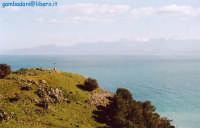 gennaio 2005 - Madonie innevate sullo sfondo  - Solunto (4406 clic)