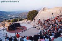 prima della rappresentazione dell' Ecuba - agosto 2004  - Segesta (3092 clic)