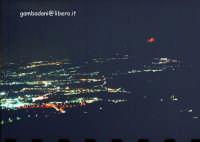 Epifania del 2005. Colata sul versante settentrionale vista dalla rocca di Taormina. La prossima col tele...  - Etna (2831 clic)