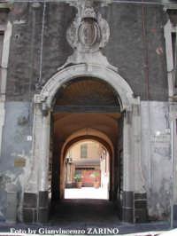 Porta Uzeda  - Catania (1713 clic)
